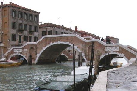 Carnival of venice portale di venezia ponte dei tre for Disegni di ponte anteriore